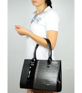 Čierna elegantná kabelka s motívom hada S499 Grosso