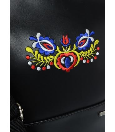 Čierna crossbody kabelka s folklórnym motívom a látkovým popruhom C18FOLK003BLC - GROSSO