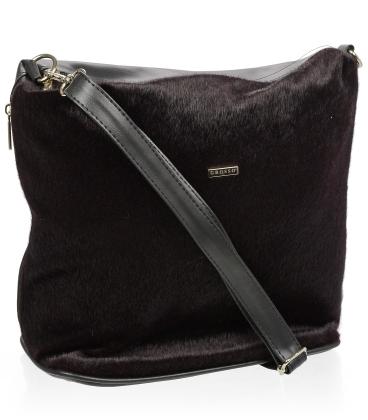 Čierna crossbody kabelka s kožušinkou C18SM009BLC - GROSSO