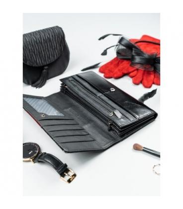 Dámska čierna lakovaná peňaženka H20-1-SH Black