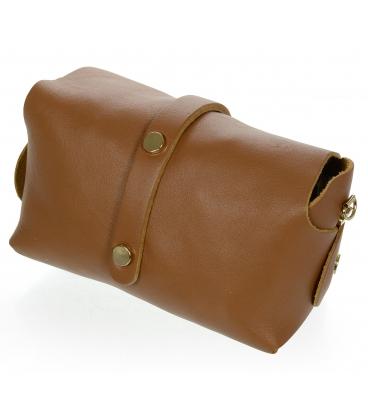 Malá hnědá elegantní kožená kabelka s řetízkem KM013 OLIVIA BAG