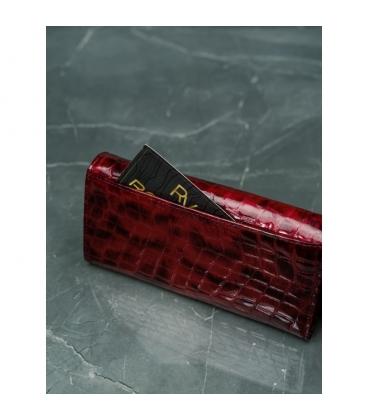 Dámska červená lakovaná peňaženka s jemným kroko vzorom 72037-PT RED