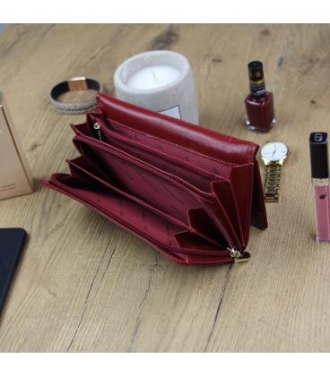 Dámska menšia červeno-čierna lakovaná peňaženka so vzorom GREGORIO