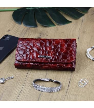 Női sötétvörös lakkozott pénztárca GREGORIO mintával
