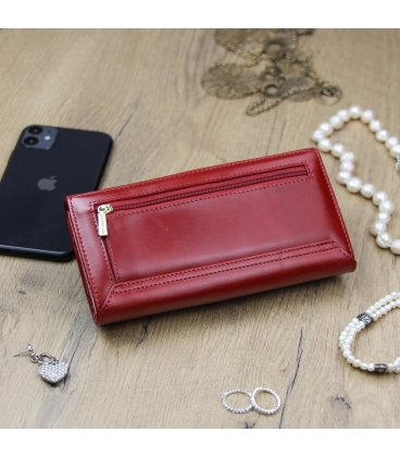 Dámská sytě červená lakovaná peněženka GREGORIO