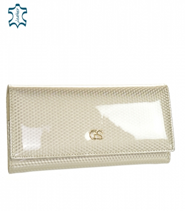 Women's beige lacquered wallet with a fine GROSSO pattern