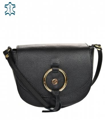Černá kožená crossbody kabelka s ozdobným zlatým kroužkem GS105E Black GROSSO